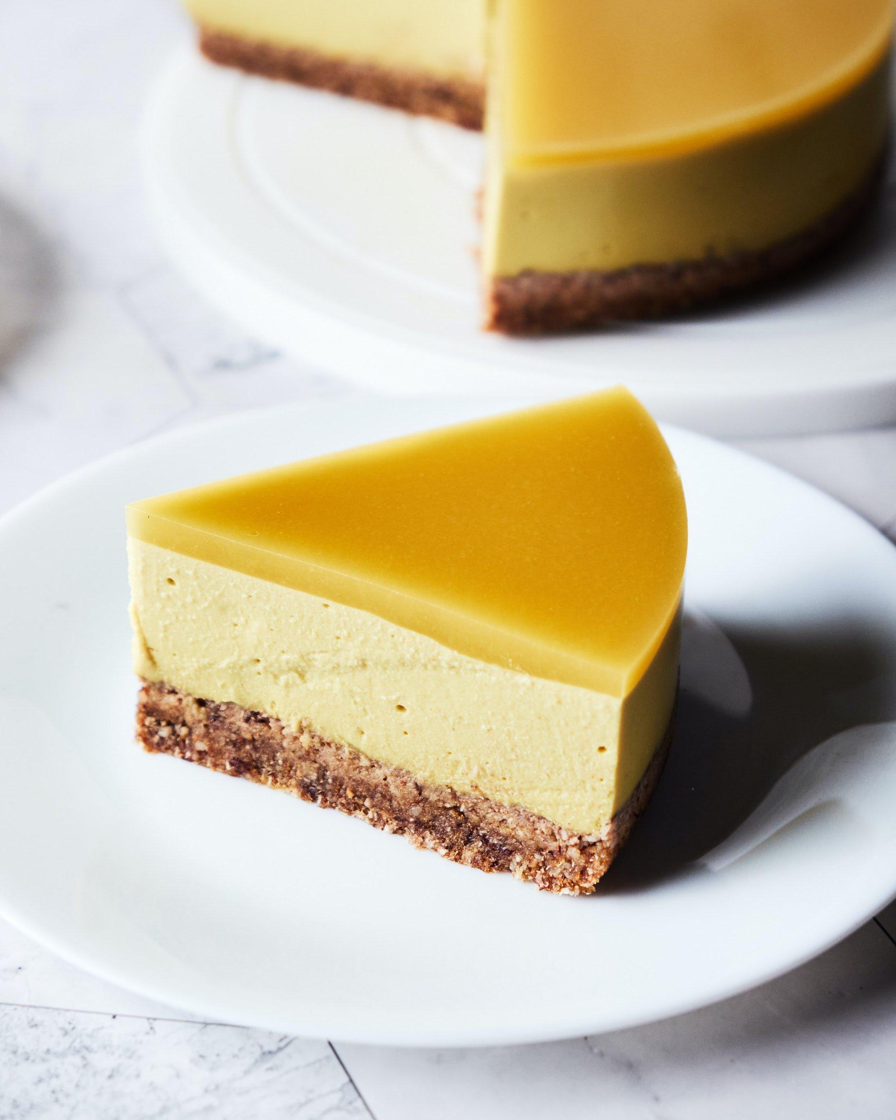 No Bake Vegan Mango Cheesecake